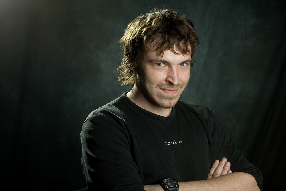 Макс Бурцев (Arriba)