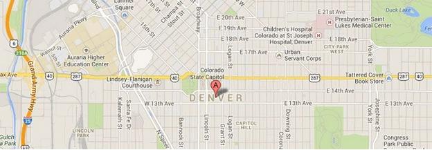 Перейти на maps.google.com, ввести название города и увидеть результат с красной отметкой Google в предполагаемом центроиде города