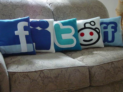 social-media-pillows